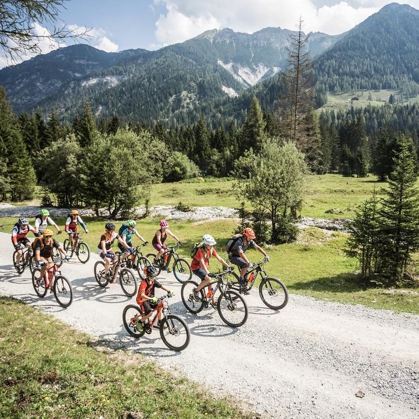 All-In sports Bikinghotel Tauernhof Flachau
